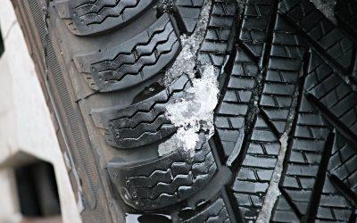 Povinnost zimních pneumatik – co, kdy a jak